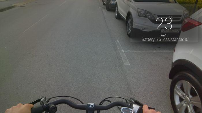 Google_Glass_Display01