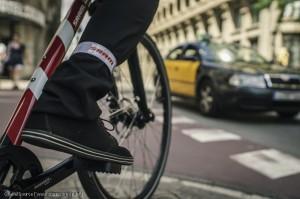 Reflexbänder bieten im Stadtverkehr ein kleines Plus an Sichtbarkeit und Sicherheit.