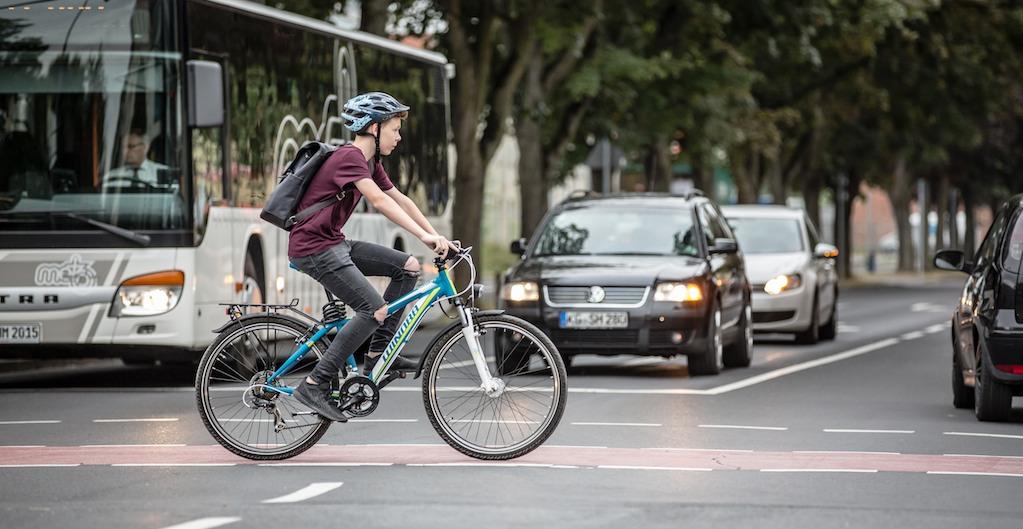 Radinfrastruktur 200 Jahre nach der Erfindung des Fahrrades