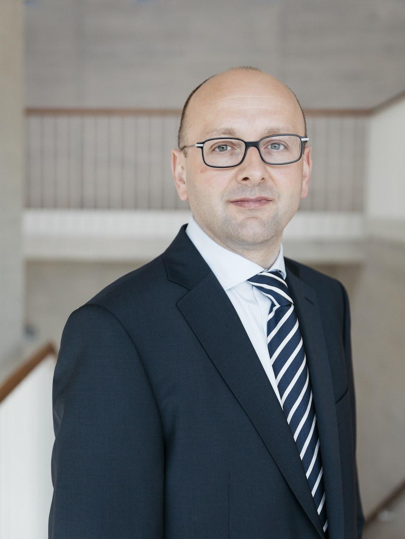 Insolvenzverwalter Prof. Lucas Flöther